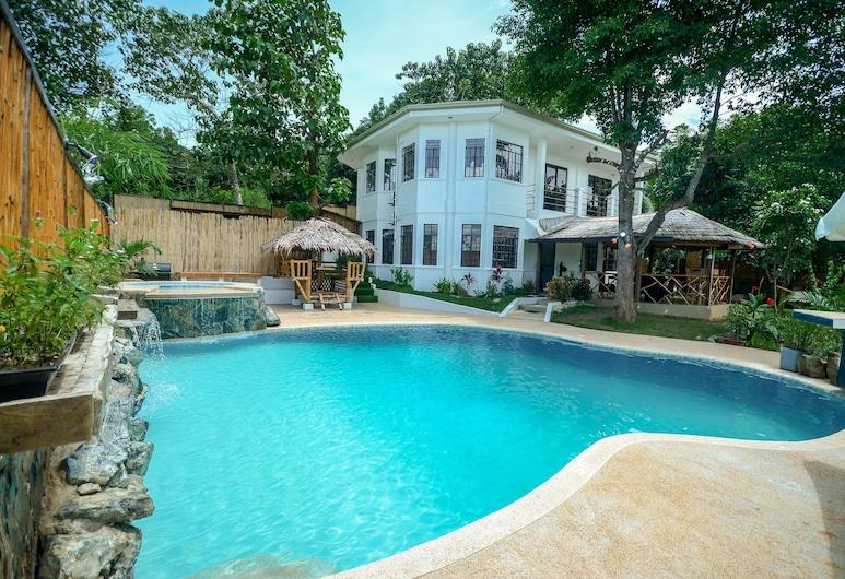 Hilltop Pool and Villa, Puerto Princesa