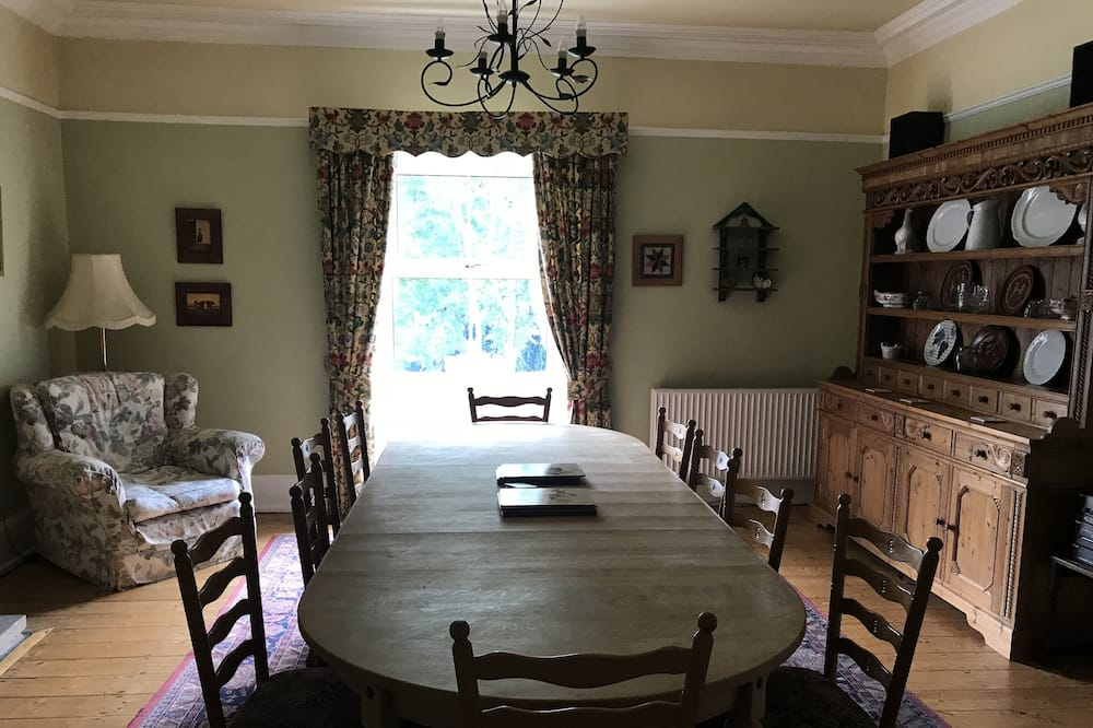 Family House, 3 Bedrooms, Kitchen - In-Room Dining