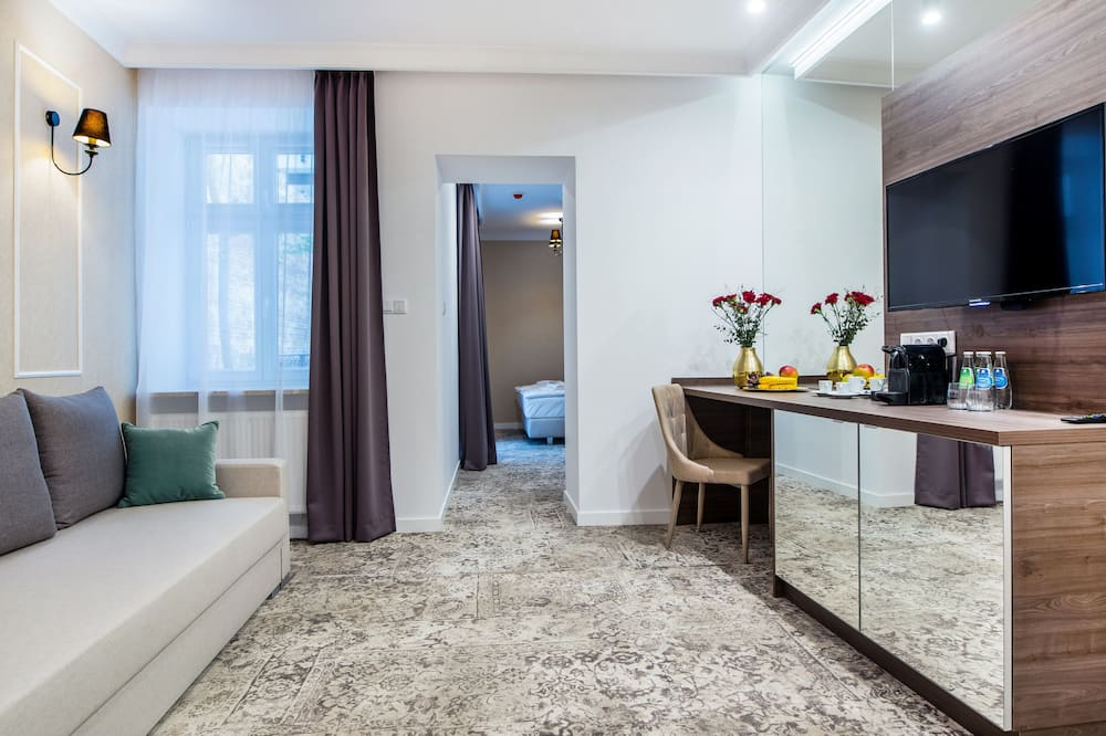 Superior Suite, Balcony - Living Room