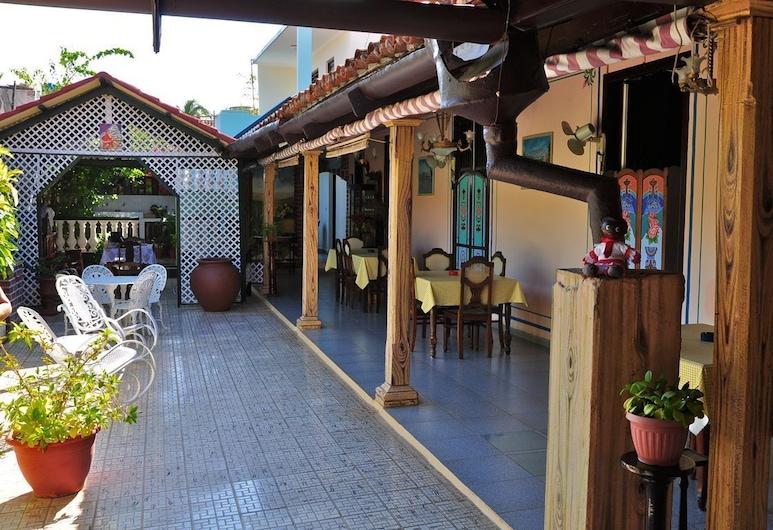 Hostal Los Hermanos, Gibara, Terraza o patio