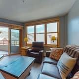 Apartamento, 1 habitación, bañera de hidromasaje, vistas a la montaña (Silvermill Lodge 8254) - Zona de estar