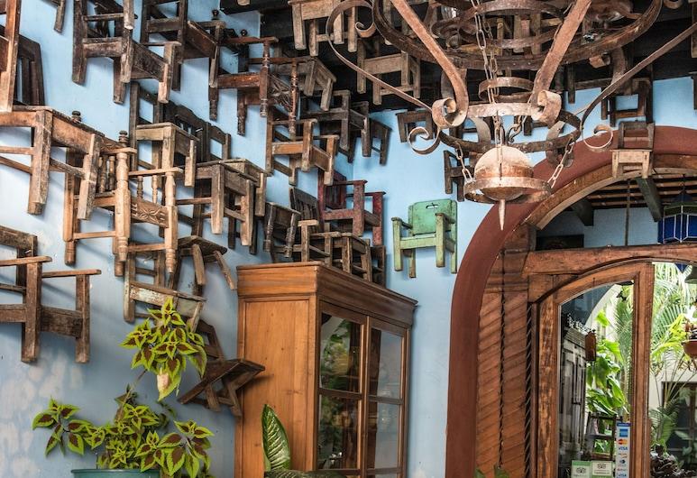 Posada San Sebastian, Antigua Guatemala, Lobby