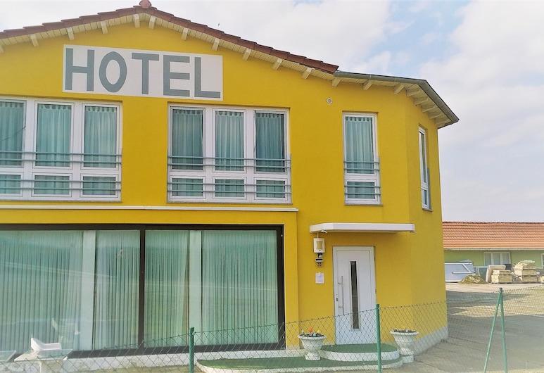 Hotel Route 84, Bad Langensalza, Hotelfassade