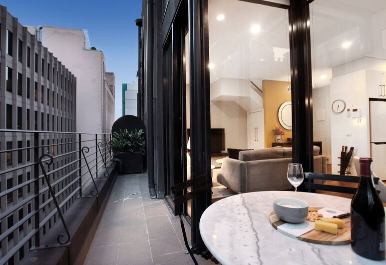 StayCentral on Little Collins, Melbourne, Design Apartment, 2 Queen Beds, Non Smoking, Balcony