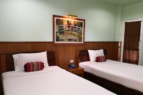 帕達昂酒店/