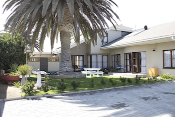 Enter your dates for special Swakopmund last minute prices