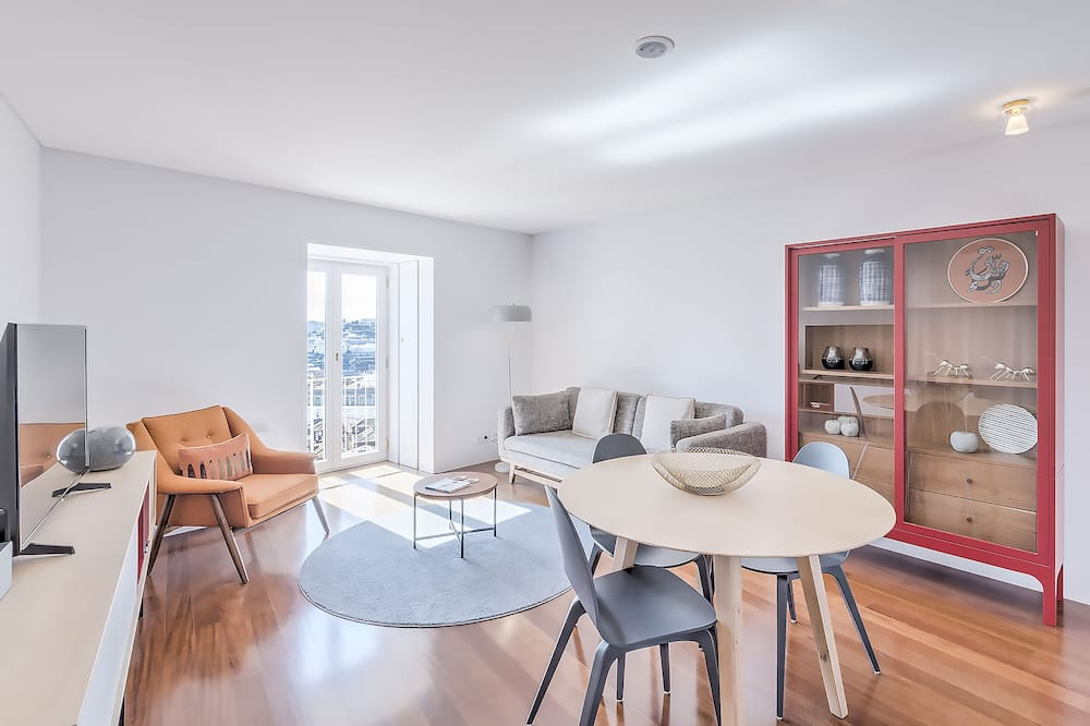 Apartmán typu Premium, dvojlůžko (180 cm), výhled na řeku - Obývací prostor