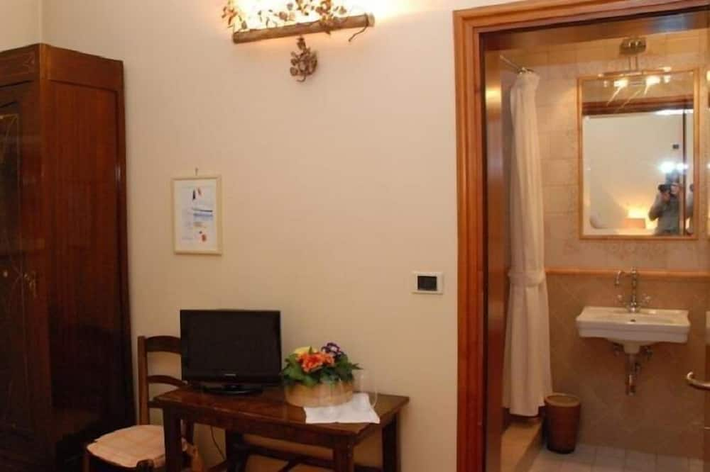Room, 1 Large Single Bed, Non Smoking - Guest Room