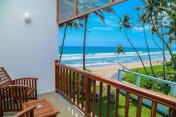Picture of Top Secret Beach hotel in Matara