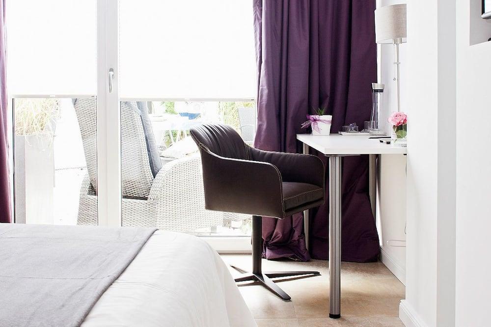 Single Room (Catherine) - Guest Room