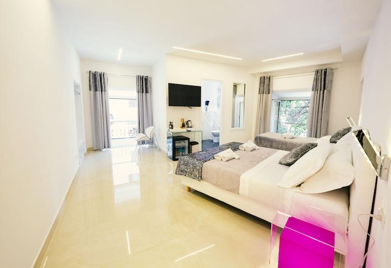 San Pietro Grand Suite, Rome, Panoramic Quadruple Room, City View (QUARZO DIAMANTE), Guest Room