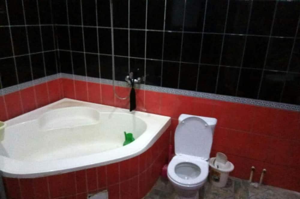 Economy-Doppel- oder -Zweibettzimmer - Badezimmer