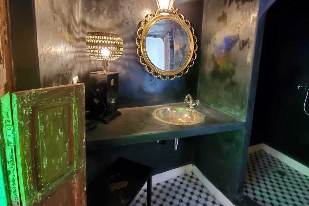 Lakosztály (Nur) - Fürdőszoba