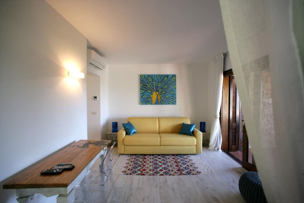 Senior Suite - Living Room