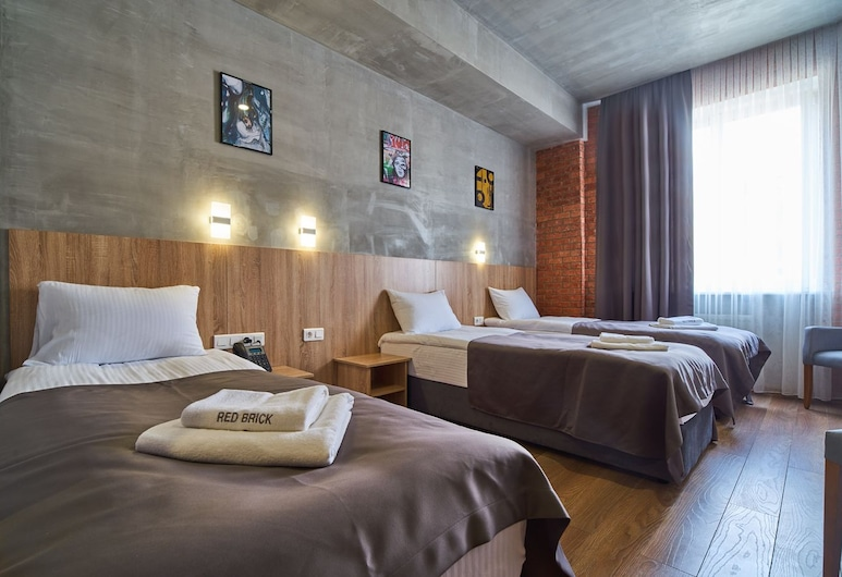 Red Brick Hotel Presnya, Moscow, Triple Room, Guest Room