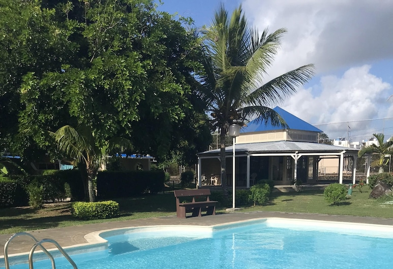 Studio in Grand Baie, With Shared Pool, Furnished Terrace and Wifi - 100 m From the Beach, Grand-Baie, Pool