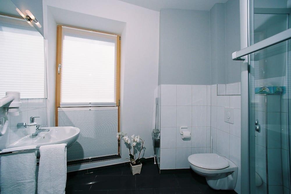 Driepersoonskamer - Badkamer