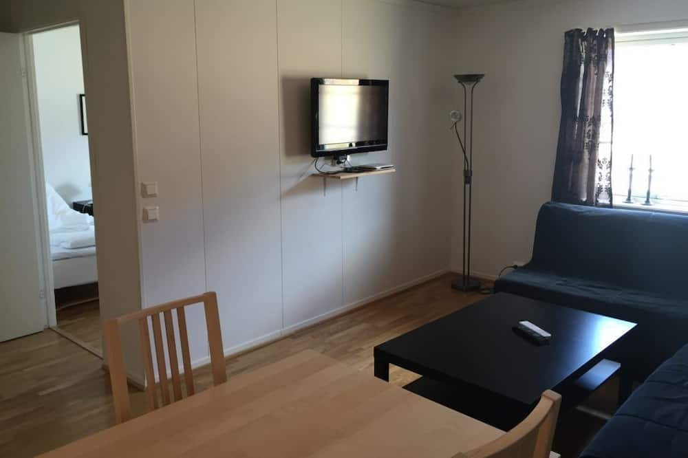 Standard Apartment, 2 Single Beds - Living Room