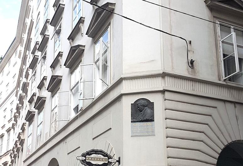 Sobieski Apartments St. Stephen Cathedral, Viyana, Otelin ön cephesi