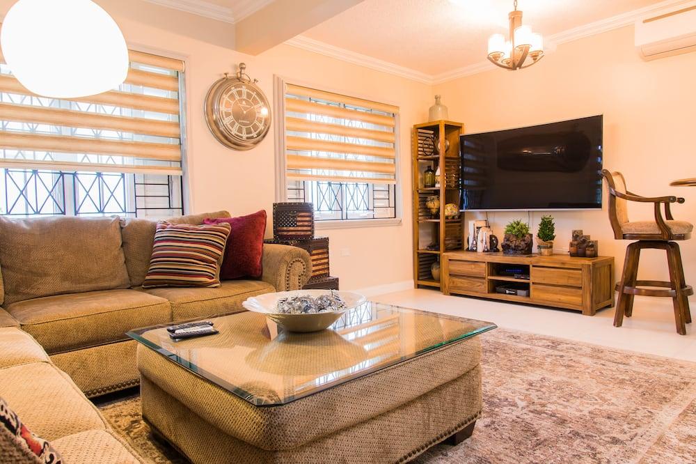 Apartmán, 1 extra veľké dvojlôžko, nefajčiarska izba - Obývačka