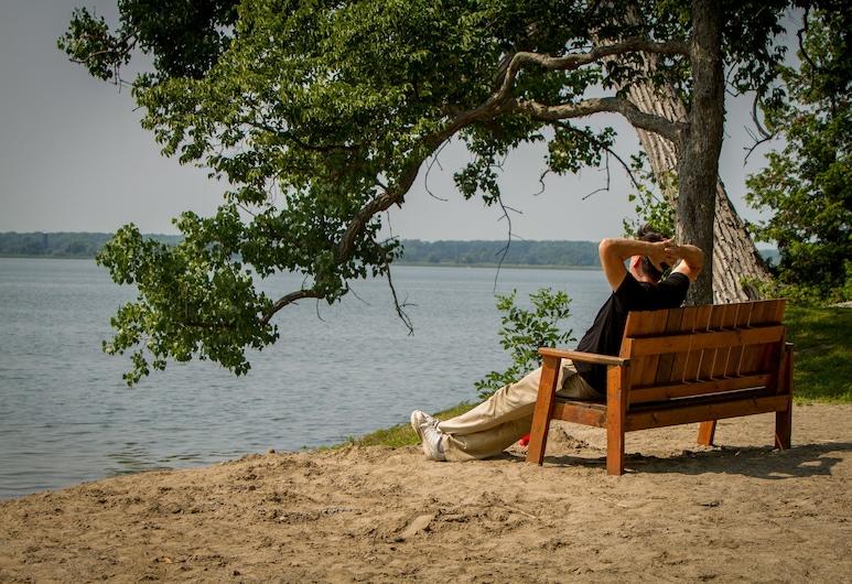 Lake Avenue RV Resort, Prince Edward