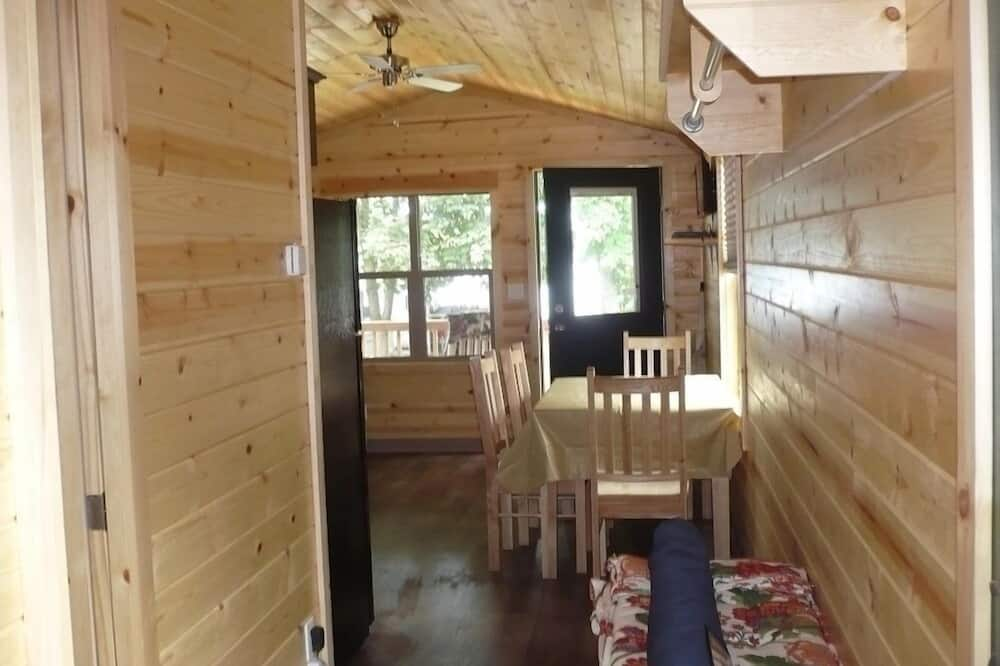 Cottage, 2 Bedrooms, Non Smoking (No Linens Included) - In-Room Dining