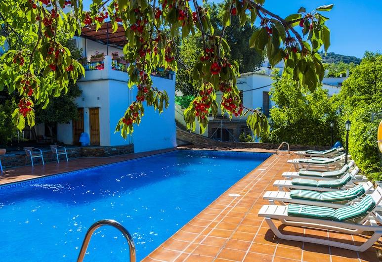 Apartamentos Poqueira, Capileira, Outdoor Pool