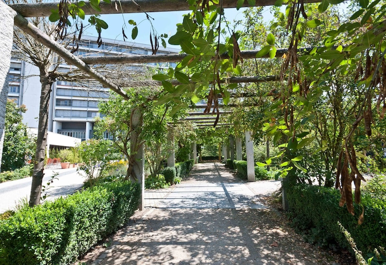 Hotel Bildungsblick, Kirchseeon, Garten