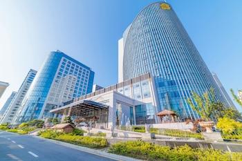 Foto hundred hotel di Qingdao