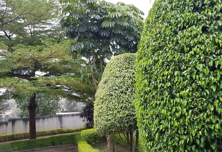 Tinho Guest House, Κιγκάλι, Κήπος
