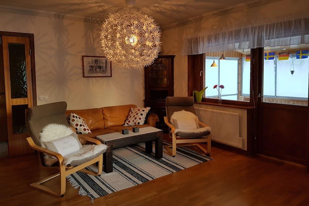 別墅, 4 間臥室, 非吸煙房, 花園景觀 - 客廳