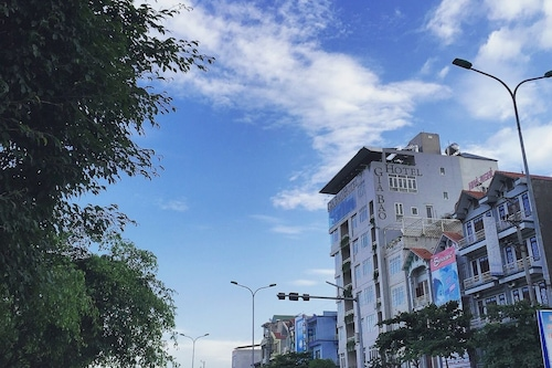嘉保飯店/