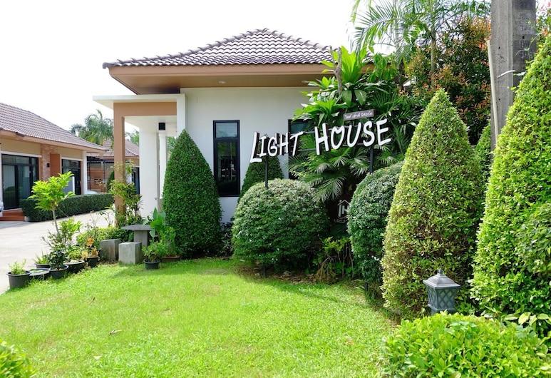 Light House Resort Trang, Trang