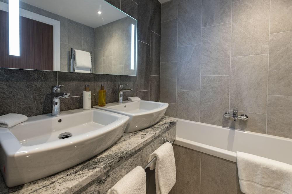 Superior İki Ayrı Yataklı Oda - Banyo