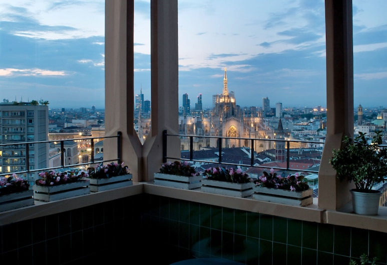 Domux Home Torre Velasca, Milan, Panoramic Apartment, 2 Bedrooms, Balcony, City View (With Sofa Bed), Terrace/Patio