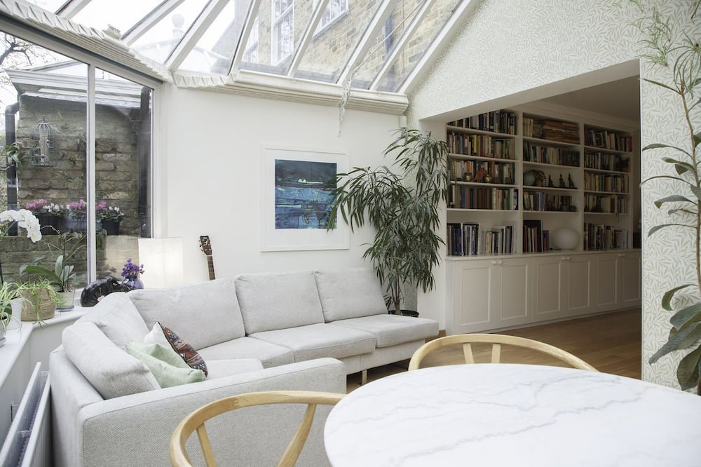 Dom, 3 spálne - Obývačka