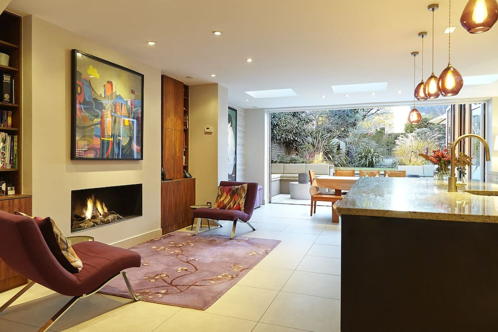 Lägenhet - 5 sovrum - Vardagsrum