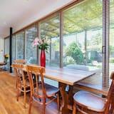 Ház, 3 hálószobával - Étkezés a szobában