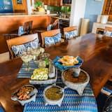 Вілла категорії «Superior», 4 спальні, тераса - Обіди в номері