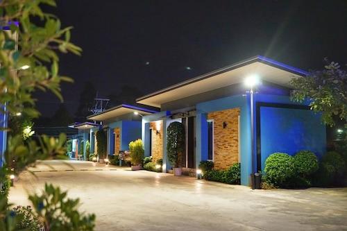 芽莊藍色蘭花度假村/