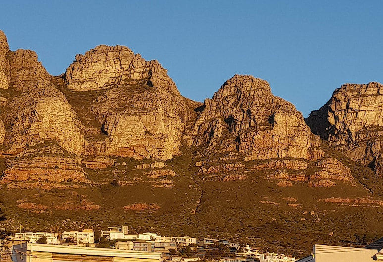 Beta Beach Guest House, Cape Town, Luxury Double Room, 1 King Bed, Mountain View, Guest Room View