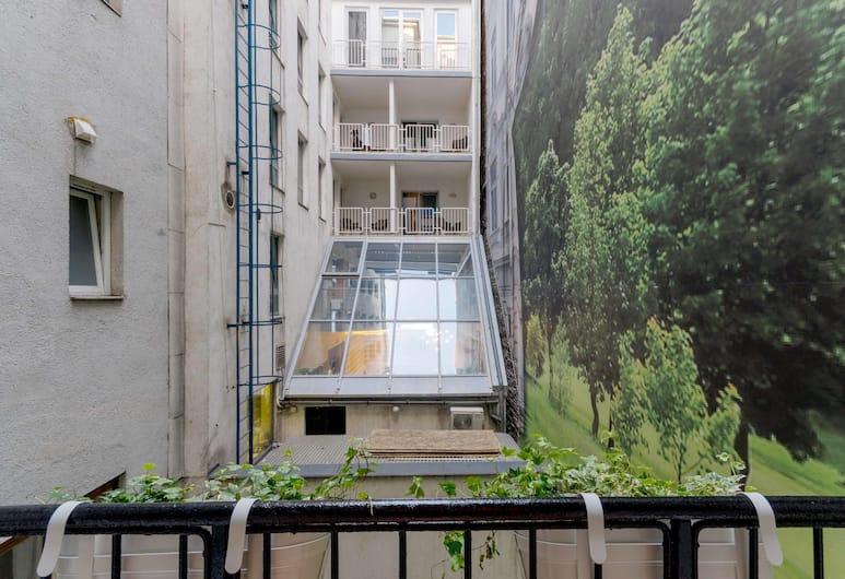 Okra Apartment, Βουδαπέστη, Comfort Διαμέρισμα, Μπαλκόνι, Θέα στην Αυλή, Θέα από το δωμάτιο