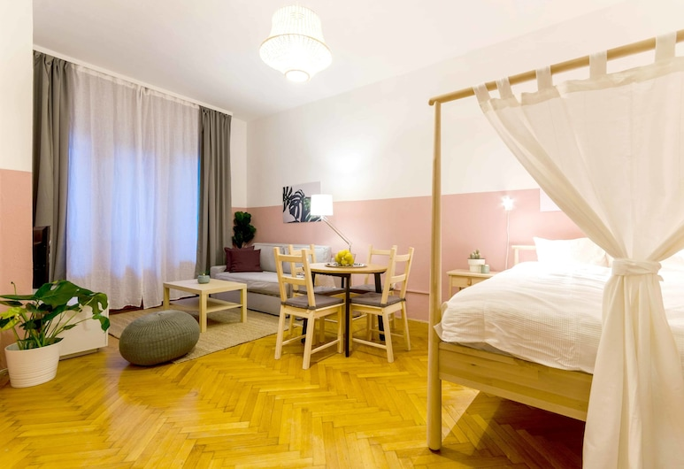 Okra Apartment, Βουδαπέστη, Comfort Διαμέρισμα, Μπαλκόνι, Θέα στην Αυλή, Δωμάτιο