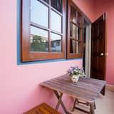 Standard Double Room with Balcony - Lanai