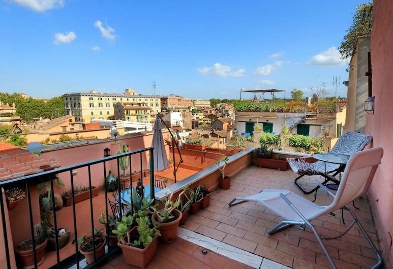 Vicolo del Cinque Penthouse, Rome, House, 1 Double Bed, City View (Vicolo del Cinque Penthouse), Balcony