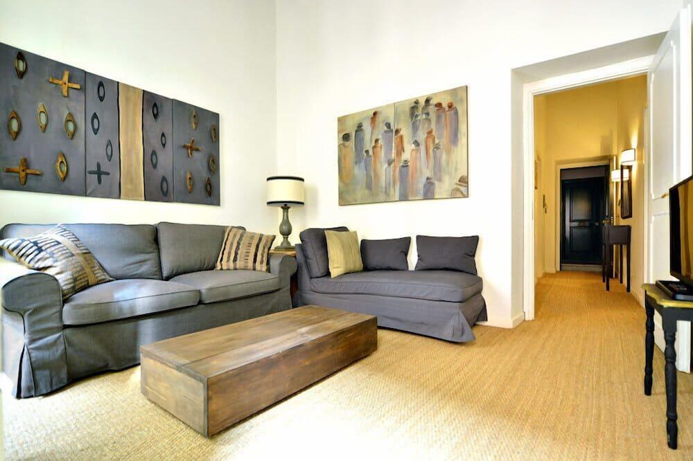 Namas, Kelios lovos, vaizdas į miestą (Trevi House Apartment) - Svetainės zona