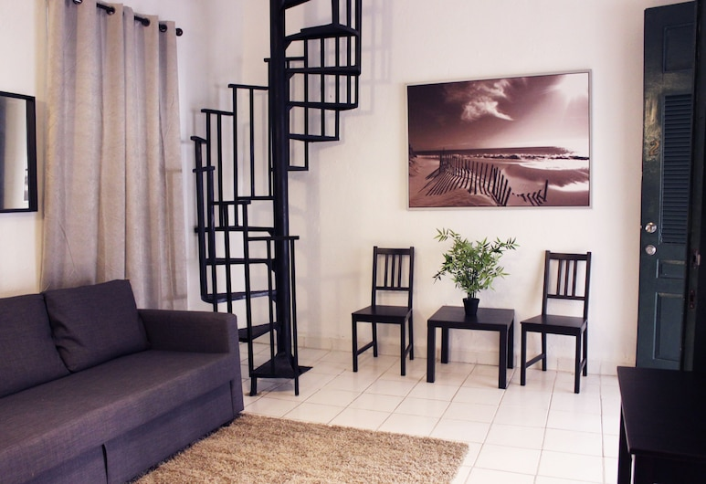 Gladiolas 1102, Ponce, Apartment, 1 Bedroom, Living Area