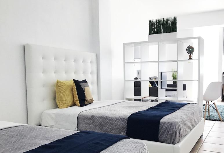 Boulevard 103, Mayaguez, Estúdio, várias camas, Quarto