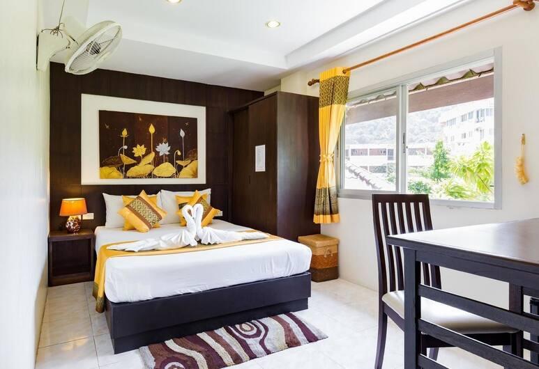 タイ クラシック ホテル, パトン, コンフォート ダブルルーム クイーンベッド 1 台 禁煙 エンスイート, 客室