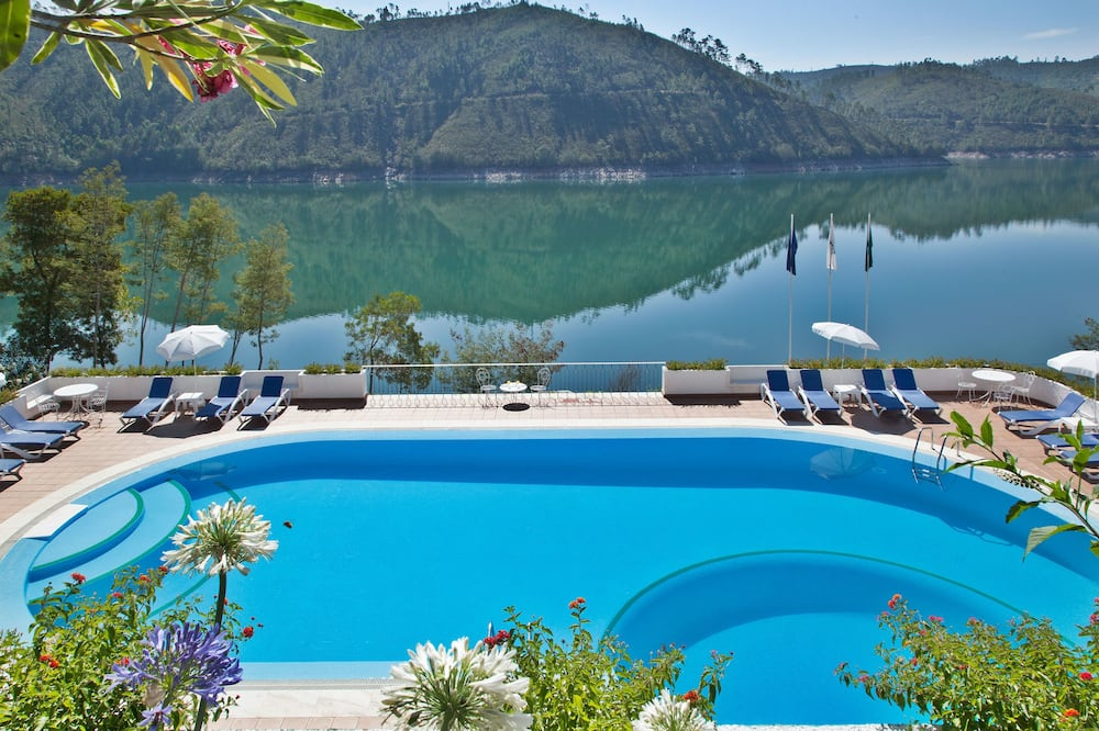 Lago Azul Eco Hotel